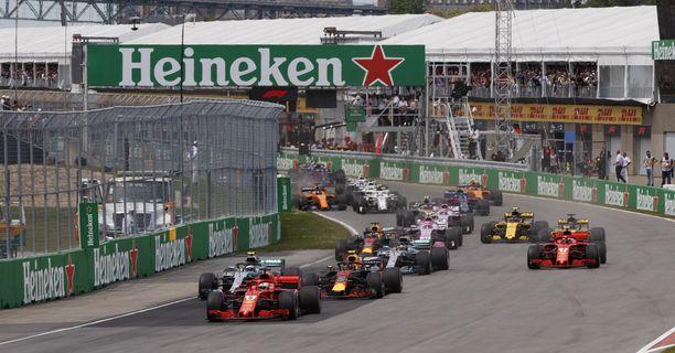Vettel paahtaa Kanadan GP:n kärjessä.