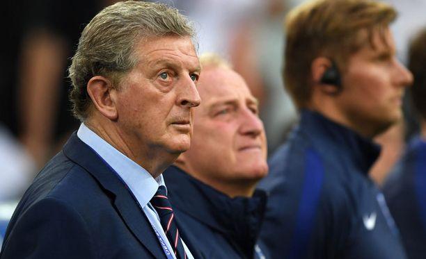 Roy Hodgson närkästyi Balen kommenteista.