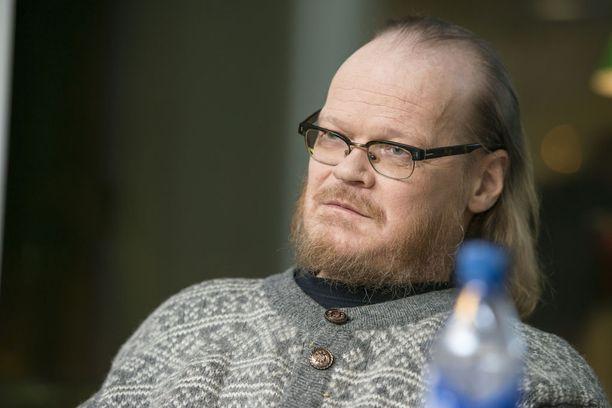 Pekka Myllyniemi kuoli syöpään.