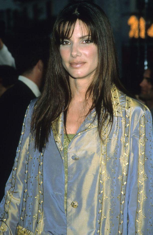 Vuoden 1998 supervahva meikki ei ollut paras mahdollinen ehostusvalinta.