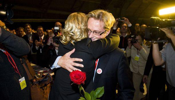 Mikael Jungner valittiin SDP:n puoluesihteeriksi äänivyöryllä.