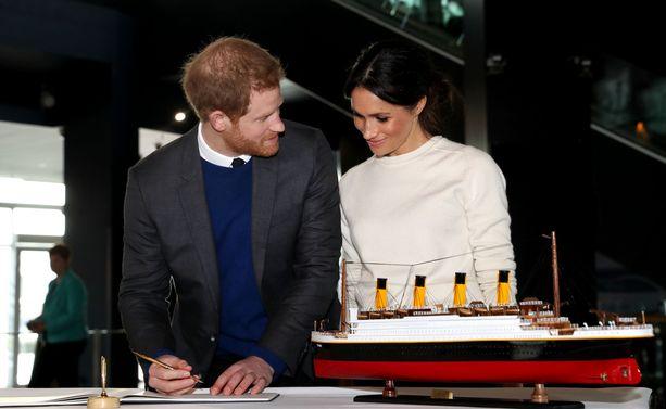 Harry ja Meghan menevät toukokuussa naimisiin. Häihin on kutsuttu 600 vierasta.