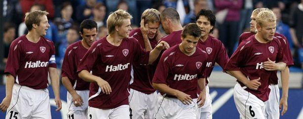 Pääsevätkö FC Lahden pelaajat juhlimaan torstaina täyden katsomon edessä?