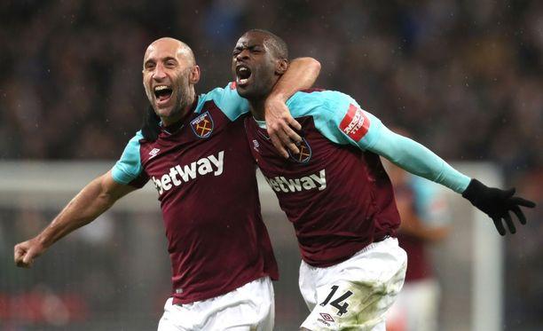 West Hamin Pedro Obiang (oik.) tykitti torstaina yhden valioliigakauden komeimmista maaleista.