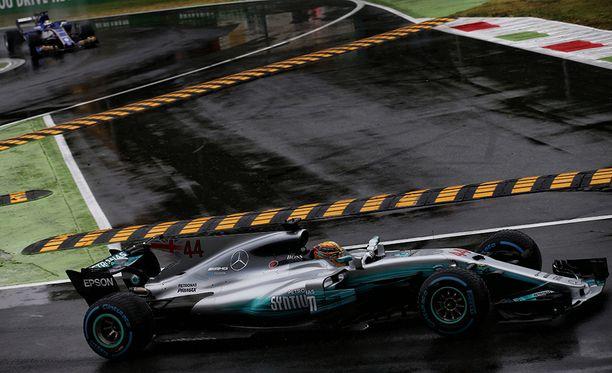 Lewis Hamilton on formula ykkösten kaikkien aikojen aika-ajaja.