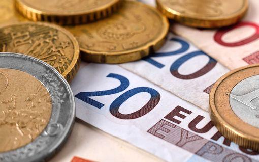 Näin suomalaiset kikkailevat muutosverokortilla: vähennyksillä voi hyötyä lähes 5 000 euroa