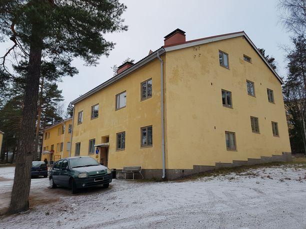 Cheekin talon asukkaista osa tietää, että omistajana on kuuluisa suomalainen.
