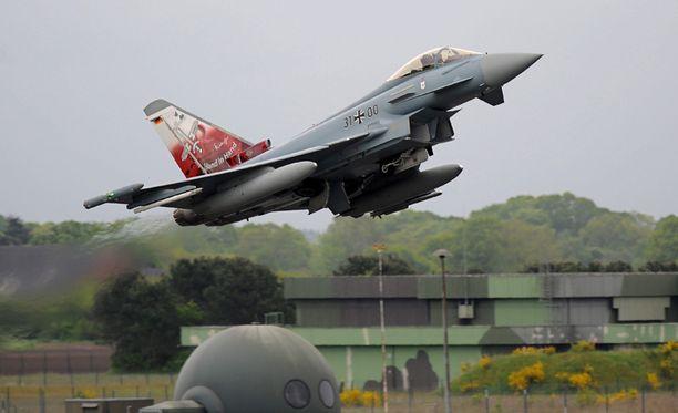 Saksan ilmavoimien Eurofighter-hävittäjä kuvattiin toukokuisissa harjoituksissa.