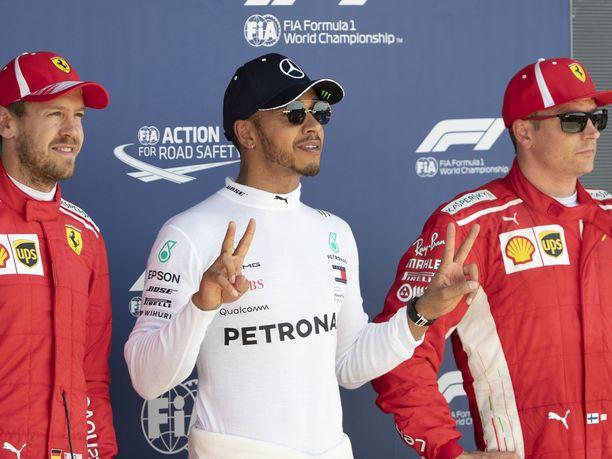 Vettel ja Räikkönen joutuivat yhteisinä Ferrari-vuosinaan seuraamaan sivusta Mercedeksen ja erityisesti Lewis Hamiltonin menestyskulkua.