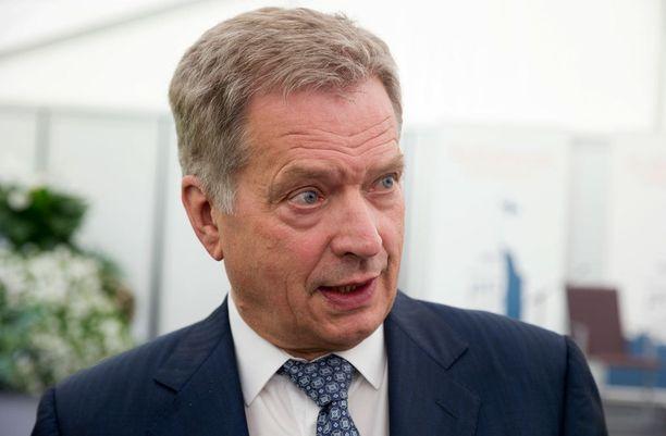 Metsähallituslain vastustajat pyytävät, että presidentti Sauli Niinistö ei hyväksy kiisteltyä lakia.