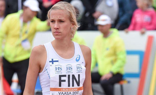 Camilla Richardsson juoksee keskiviikkona kello 21.23 alkaen.