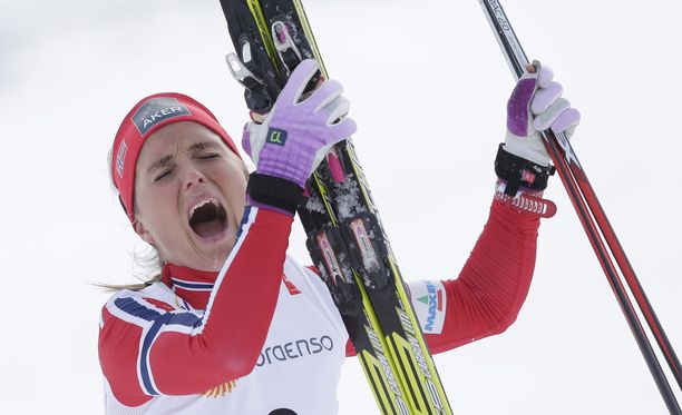 Therese Johaug hiihti lauantaina MM-kultaan.