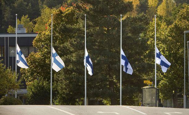 Koko maan toivottiin osallistuvan suruliputukseen presidentti Mauno Koiviston hautajaisten aikaan.