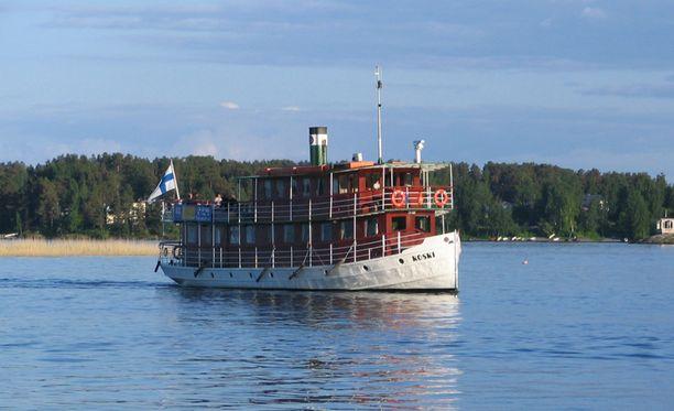 Sisävesilaiva M/S Koski irrotettiin satamaköysistään sunnuntain vastaisena yönä.