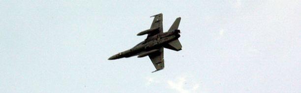 Hornetilla lentäminen on vauhdikasta puuhaa.