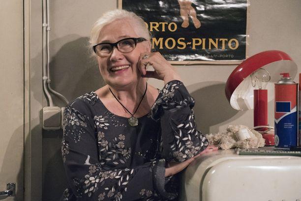 Maija-Liisa Peuhun esittämä Ulla Taalasmaa saa pian oman sarjan. Peuhu on näytellyt Ullaa vuodesta 1999.