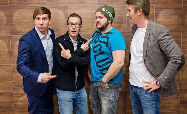 Aku Hirviniemen, André Wickströmin, Kalle Lambergin, Jussi Vatasen ja Pamela Tolan (ei kuvassa) Saturday Night Live paransi katsojalukujaan.