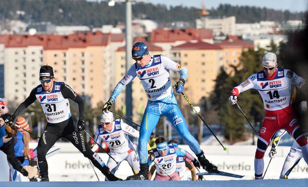 Matti Heikkinen nappasi sensaatiopronssin 50 km kisassa.