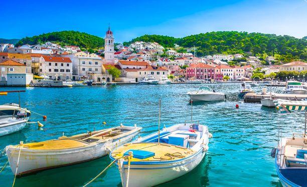 Esimerkiksi huippusuosittu Kroatia on kohde, jonne pääsee tällä hetkellä hyvin edullisesti.