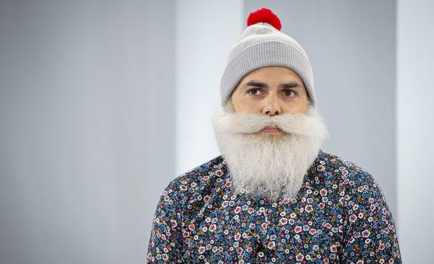 Kannatan hallittua maahanmuuttoa, Brother Christmas eli Ari Koponen toteaa Sensuroimaton Päivärinta -ohjelmassa.