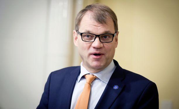 """Sipilän mukaan Suomen kuntoon saattamisessa tulosta on saatu eli """"ollaan hyvällä uralla"""", mutta keskustan kannatuksen kannalta tulos ei ole niin hyvä."""