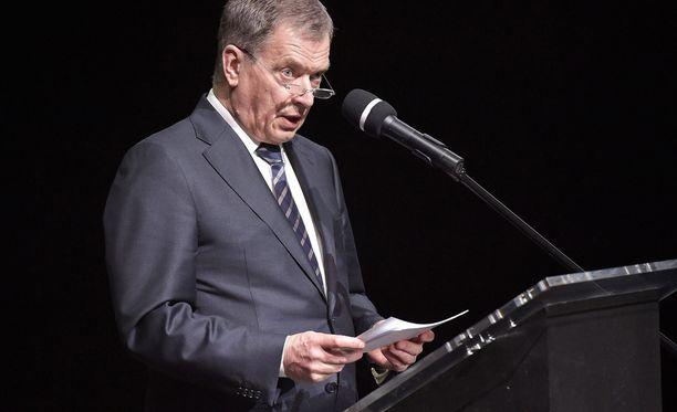 Presidentti Sauli Niinistö otti kantaa lakkouhkaan Puolan-vierailullaan.