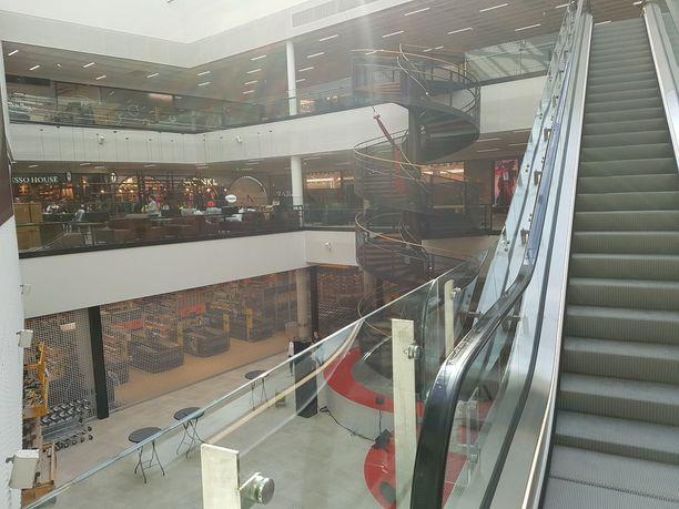 Kauppakeskuksen avajaisiin odotetaan yli 50 000 ihmistä.