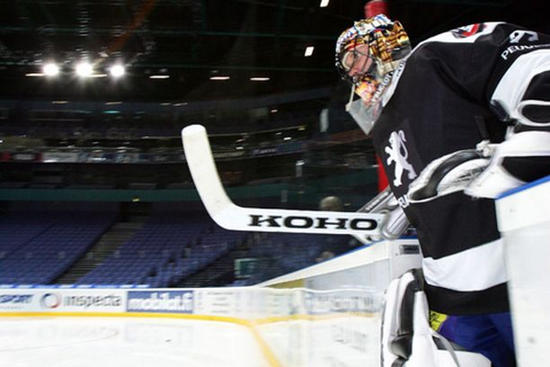 Jani Hurme palaa maajoukkueeseen vuosien tauon jälkeen Helsingin Areenan loisteessa.