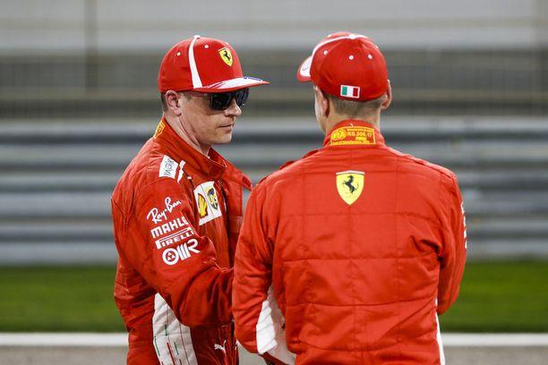 Kimi Räikkönen ja Sebastian Vettel ovat olleet alkukauden tehokkain kaksikko. Ferrari johtaa valmistajien MM-sarjaa neljän pisteen erolla Mercedekseen.