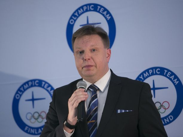 Harri Nummela on Jääkiekkoliiton puheenjohtaja.