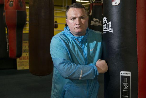 Bradley Welsh isännöi omaa nyrkkeilysalia.