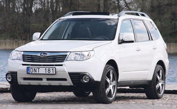 KAKSI KOLMESTA - Subaru Forester kattaa 70 prosenttia Subarun myynnistä.