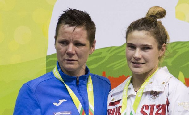 Mira Potkosen reissu Sofiaan päättyi hopeakyyneliin.