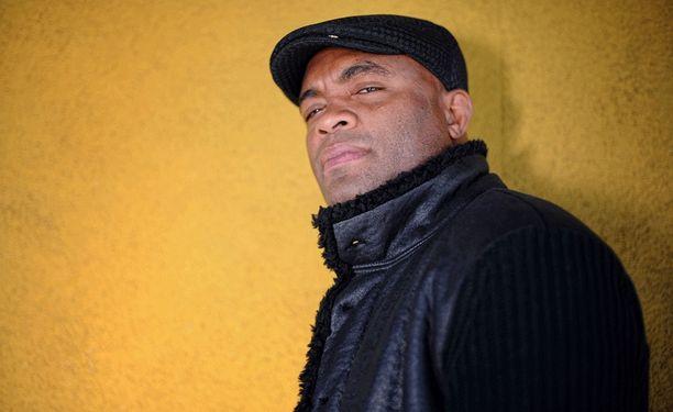 Anderson Silva piti pitkään hallussaan UFC:N keskisarjan mestaruusvyötä.