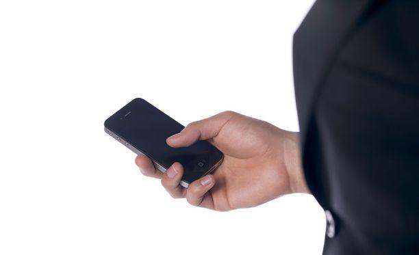 Hollantilaismies halusi selvittää, mitä puhelimelle tapahtuu varastamisen jälkeen.
