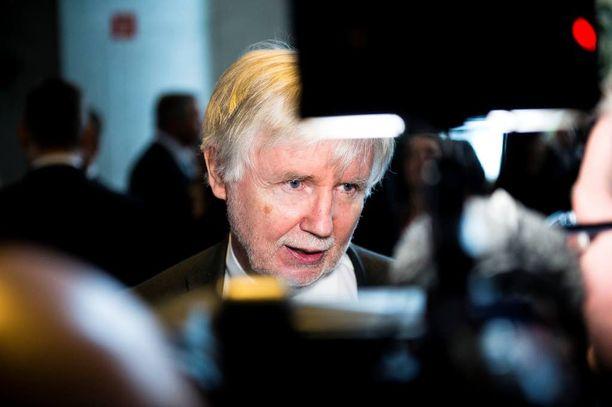 Ex-ulkoministeri, kansanedustaja Erkki Tuomiojan (sd) mielestä Suomi on menetellyt oikein auttaessaan MH17-tutkinnassa.