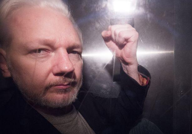Julian Assange on tällä hetkellä Lontoossa.
