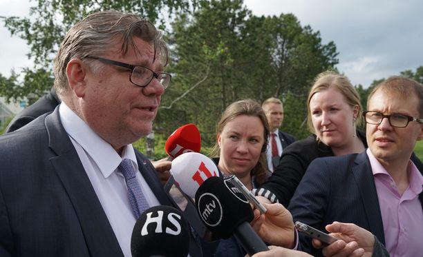 Timo Soini järkyttyi Vihdin tapauksesta.