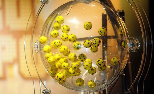 Eurojackpot-potti nousee ensi viikolla 42 miljoonaan euroon.