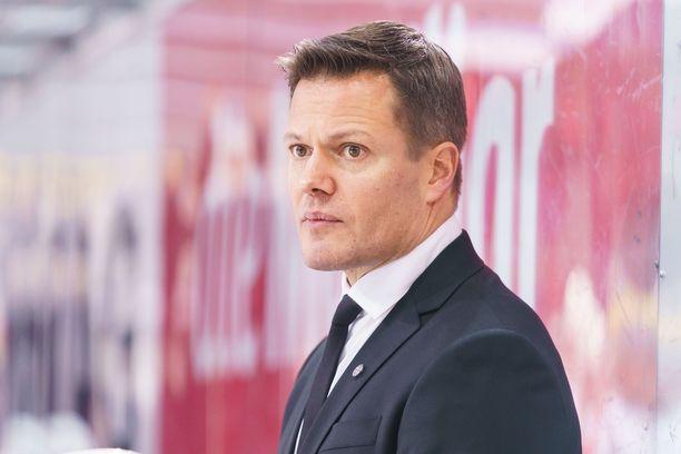 Sami Kapanen sai potkut Luganosta.
