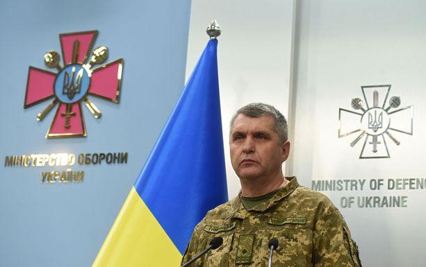 Ukrainan asevoimien päällikkö Rodion Tymošenko piti tiedotustilaisuuden tiistaina ammusvaraston räjähdyksen jälkeen.