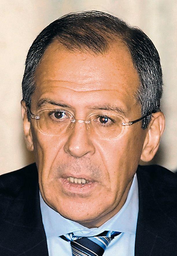 Venäjän ulkoministeri Sergei Lavrov lupasi toimia rakentavasti yhteistyössä, kun Suomi johtaa puhetta Etyjissä.