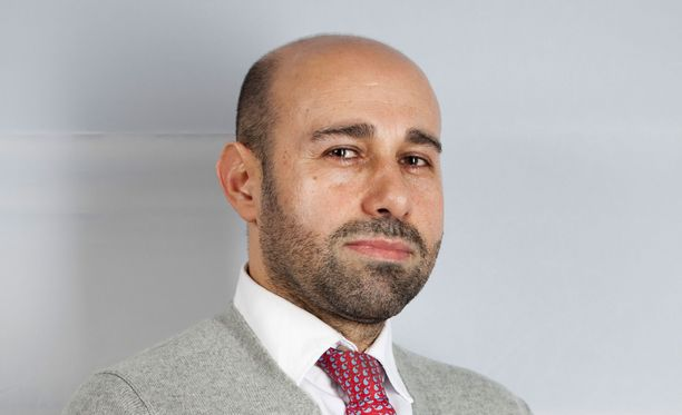 Alan Salehzadeh on uusisuomalainen geopoliittisiin konflikteihin erikoistunut tutkija ja luennoitsija. Hän toimii akateemisen Menatto-konsultointiyrityksen johtajana.
