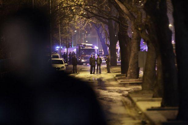 Turkki syyttää pommi-iskusta Syyrian kurdeja.