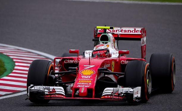 Kahdeksannesta lähtöruudusta kisaan lähtenyt Kimi Räikkönen teki sen minkä pystyi ja ylitti maaliviivan viidentenä.