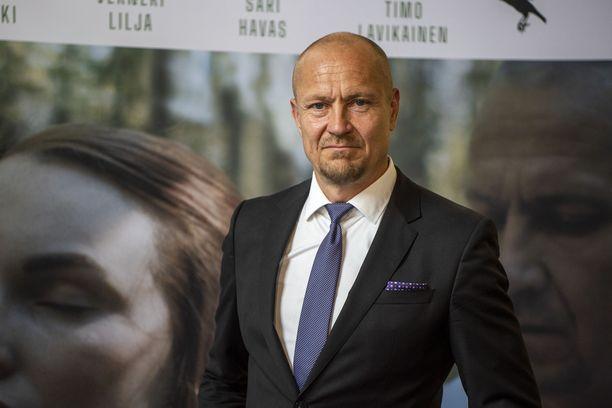 Turkka Mastomäki on ollut kesällä kuvaamassa Aallonmurtaja-elokuvaa Liettuassa.