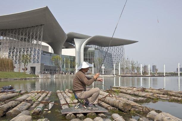 Wuxin oopperatalosta tuli samanlainen symboli seitsemän miljoonan asukaan kaupungille kuin Sydneyn oopperatalosta Australiassa.