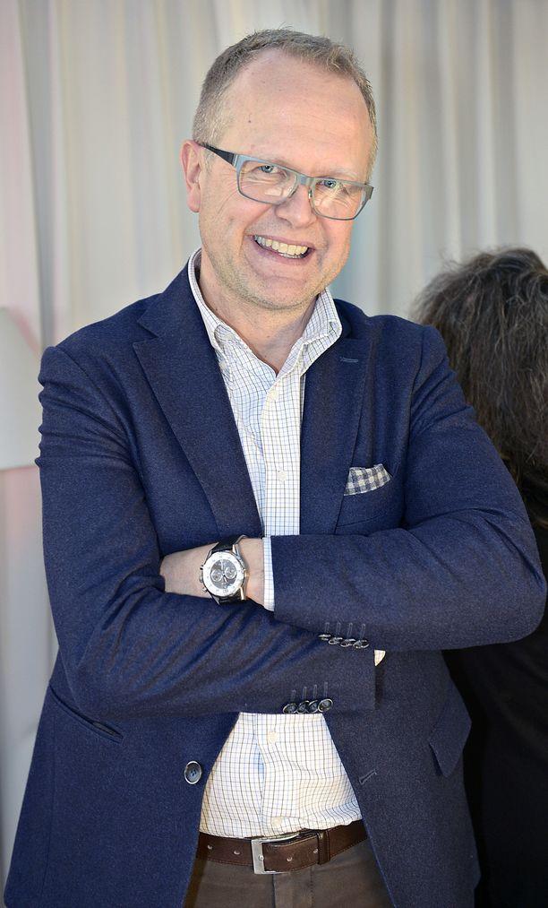 Tapio Nurminen on tullut tunnetuksi erityisesti Saksan- ja Keski-Euroopan-kirjeenvaihtajana.