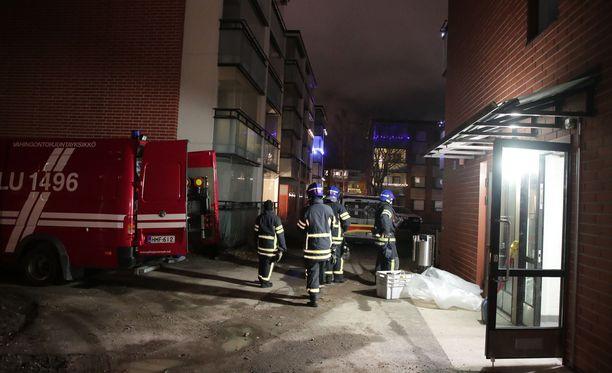 Palo rajoittui yhteen huoneistoon.