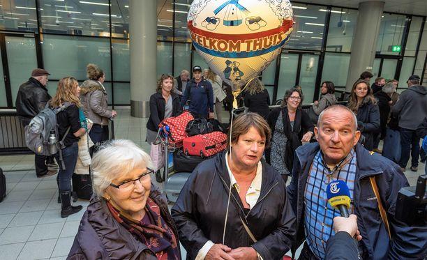Hollantilaisia matkustajia saapui kotimaahansa Gambiasta. Hollannissa ihmisiä on kehotettu välttämään Gambiaan matkustamista.